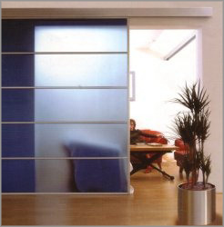 фото двери в гостиную